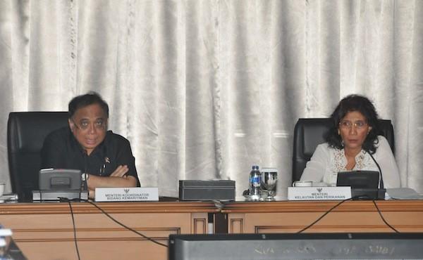 Menko Kemaritiman Indroyono Susilo dan Menteri Kelautan dan Perikanan Susi Pudjiastuti. [Foto: MKP]